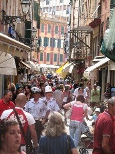 The passagiata on Via Mazzini