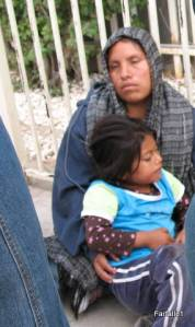 los-algodones-line-for-us-beggars-2-28-2009-00-04-47