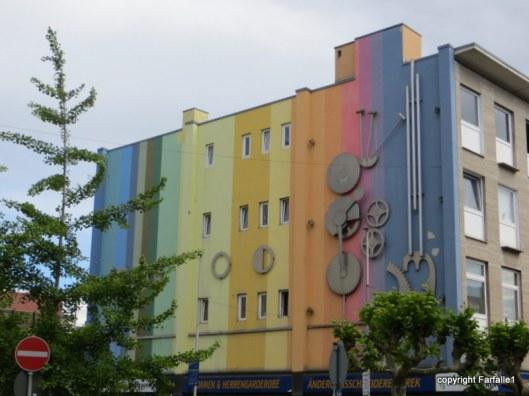 Russelsheim fanciful exterior