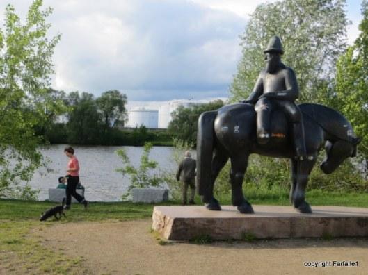 Russelsheim  statue-003