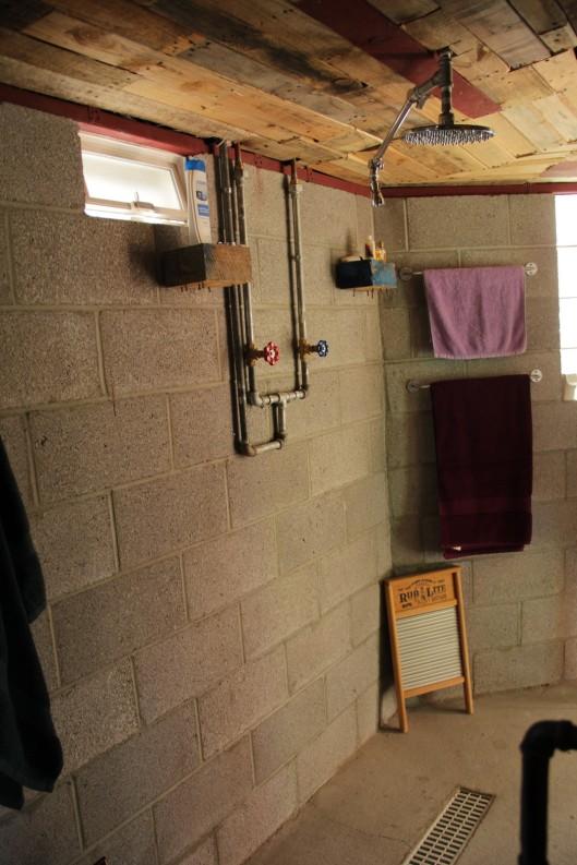 copper cottages shower