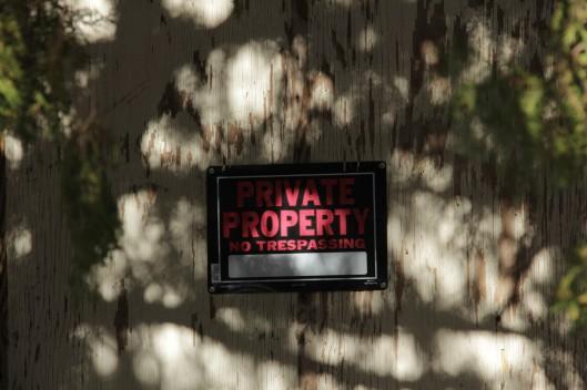 Superior House Tour sign no trepassing